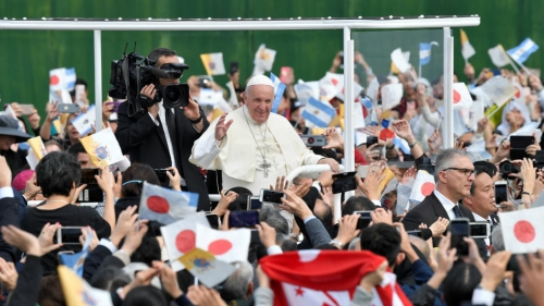 24112019 pope francis in nagasaki.jpeg