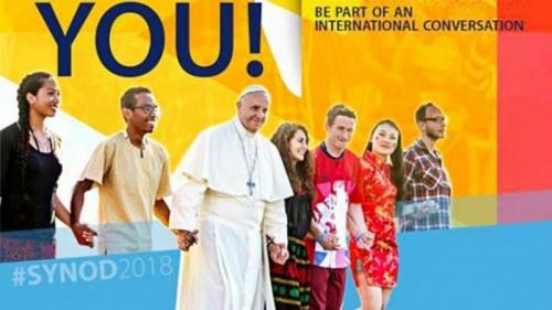 Le-pape-François-veut-entendre-les-jeunes-en-vue-du-Synode-de-2018-800x450.jpg