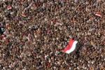 des-centaines-de-milliers-d-egyptiens-ont-envahi-la-place-tahrir-hier-au-caire-ce-lieu-est-d-aill1-e1297412185324.jpg