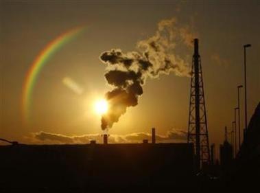 2872711683-nicolas-sarkozy-veut-relancer-rapidement-les-negociations-sur-le-climat[1].jpg