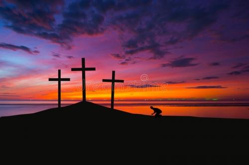 trois-croix-sur-une-c-te-68717821.jpg