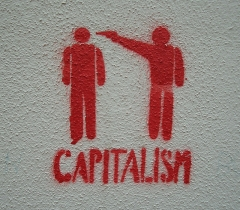 capitalisme-credits-marc-licence-creative-commons.jpg
