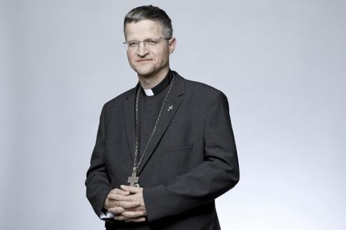 Portrait-Mgr-Xavier-Malle-eveque-Gap-Embrun_0_729_486.jpg