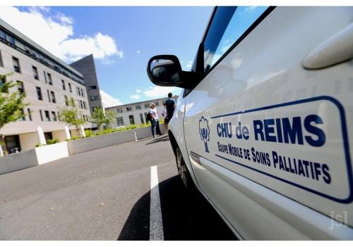 vincent-lambert-est-actuellement-hospitalise-a-reims-photo-francois-nascimbeni-afp-1557571636.jpg