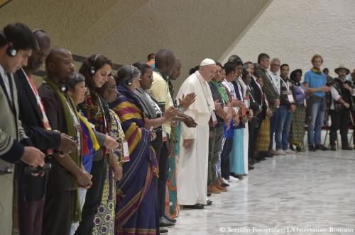 photo pape mvts popul.jpg