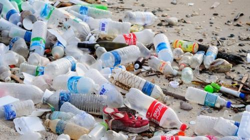 plastique-dechets-recyclage-tonnes-environnement-pollution-bouteille.jpg