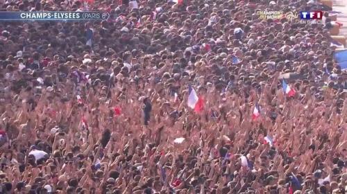 champions-monde-equipe-de-france-champs-elysees-prets-a-accueillir-bleus-46bd8e-0@1x.jpg