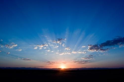 Sunrise-Blue-Horizon-Sky-Sunlight-Clouds-Dawn-165094.jpg