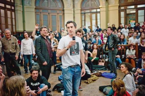Francois-Ruffin-realisateur-Merci-patron-aussi-initiateurs-mouvement-Nuit-debout_0_730_485.jpg