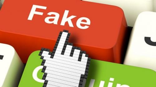 fake-news-bouton.jpg