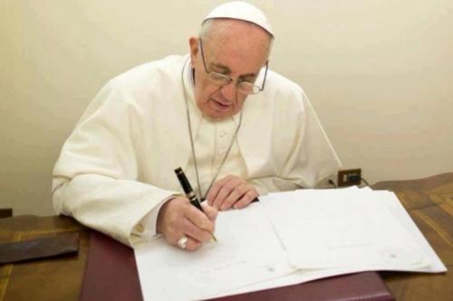 Pope-Francis-writing-740x493-OS.jpg